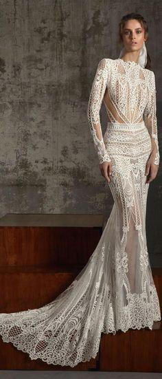 Boho wedding dress : Lior Charchy Fall 2018 so classy and elegant. White Wedding Gowns, Wedding Gowns With Sleeves, White Wedding Dresses, Boho Wedding Dress, Bridal Dresses, Wedding Dress 2018, Backless Wedding, Tulle Wedding, Gown Wedding