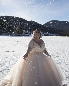 Wedding Styles - Off The Shoulder Plus Size Wedding Gown silk bodice lining sleeves tulle skirt Plus Size Brides, Plus Size Wedding Gowns, Plus Size Gowns, Plus Size Winter, Curvy Bride, Wedding Attire, Dream Dress, Bridal Dresses, Wedding Styles