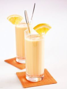 Deli, Glass Of Milk, Panna Cotta, Food And Drink, Drinks, Ethnic Recipes, Beautiful, Juices, Drinking