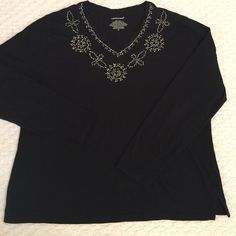 Black Top Pretty black and white cording trim, embellished with tiny black beads. Westbound Tops Tees - Long Sleeve