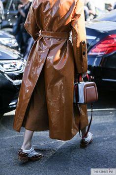 Outside Elie Saab / Paris Fashion Week SS18