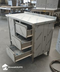 Stainless Kitchen, Stainless Steel, Cocktail Bar Design, Metal Bending, Metal Panels, Commercial Kitchen, Steel Structure, Metal Box, Sheet Metal