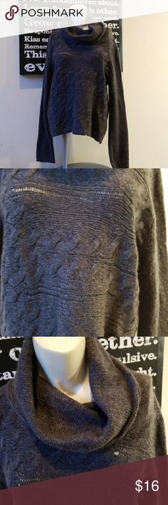 💋3 for $24💋NWOT OLD NAVY COWL NECK SWEATER Removed tags but never wore. Still has sticker on front.  💋3 for $24💋 BUNDLE any 3 items (listed 3 for $24), IGNORE the bundle price & OFFER $24  Also CHECK OUT my 🦄3 for $15🦄, ⚘3 for $50⚘ & ♥️10 for $10♥️ sale!  Why SHOP MY Closet? 💋Smoke/ Pet Free 💋OVER 1000 🌟🌟🌟🌟🌟RATINGS 💋POSH AMBASSADOR &TOP 10% Seller  💋TOP RATED 💋 FAST SHIPPER  💋BUNDLES DISCOUNT 💋EARN VIP DOLLARS W/ EVERY PURCHASE ❤HAPPY POSHING!!! 💕 Old Navy Sweaters Cowl…