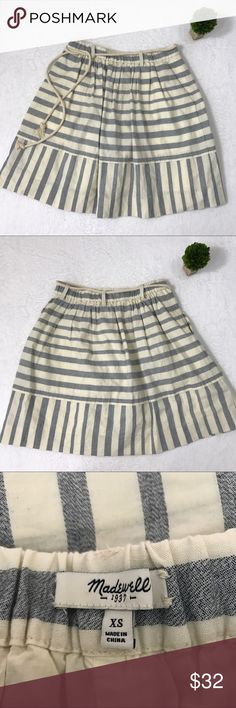{Madewell} Dockstripe Skirt Nautical Adorable striped skirt in excellent condition! Perfect for summer! Madewell Skirts Mini