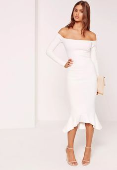 For an elegant touch, this LBD in a bardot style and sweet fishtail hem will non-stop slay. Off White Dresses, Formal Dresses For Women, Little White Dresses, Dresses Uk, Fashion Dresses, Prom Dresses, Fashion Clothes, Dresses Online, Women's Fashion