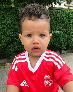 Besitos de Alejandro ❤️ Cute Kids, Cute Babies, Baby Kids, Beautiful Children, Beautiful Babies, Baby Boy First Haircut, Mixed Boy, Toddler Boy Haircuts, Toddler Dolls