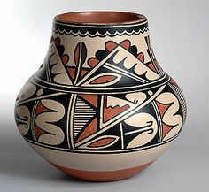 San Ildefonso Pueblo - 1960 by Maria Martinez and Popovi Da. Found at Bandelier National Monument, NM. Native American Pottery, Native American Art, American Indians, Pottery Painting, Pottery Art, Ceramic Pottery, Southwestern Art, Southwest Pottery, Cement Art