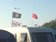 Caravan pirates