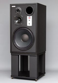 Kralk Audio Professional 3 way studio Monitor – Kralk Audio Loudspeakers Boxe, Tehnologie Pro Audio Speakers, Audiophile Speakers, Monitor Speakers, Diy Speakers, Bookshelf Speakers, Hifi Audio, Homemade Speakers, Speaker Amplifier, Floor Standing Speakers