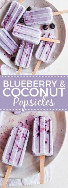 Coconut Blueberry Smash Pops -- vegan and paleo Köstliche Desserts, Frozen Desserts, Frozen Treats, Delicious Desserts, Yummy Food, Damn Delicious Recipes, Frozen Cookies, Tasty Snacks, Fruit Snacks