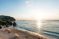 bingin-beach-from-the-sun-&-surf-stay