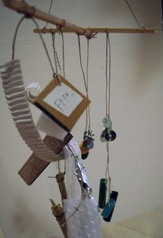 """""""Parole al vento"""", laboratorio di costruzione di mobiles in materiali di recupero a cura di Annalisa Casagranda, Notte Verde, 30 maggio 2015, Rovereto"""