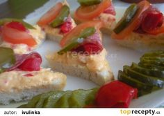 Papriková pomazánka s tvarůžky(pom.máslo,ster.kapie.pivo)