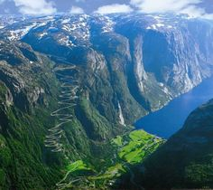 Eagle Road in Norway… the stuff a motorcyclists dreams are made of. Lysebotn Ørnesvingene aka Eagle Bends must be Norway's most dramatic road. The lower part runs in a spiral tunnel, then climbs in 27 hairpin bends to about 1000 metres. This road is...