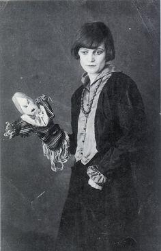 Emmy Hennings, 1917