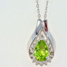 2.5ct Genuine Peridot Pear Shape Pendant in Sterling Silver