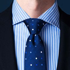 How to tie the Pratt Knot Types Of Tie Knots, Different Types Of Ties, Tie A Tie Easy, Make A Bow Tie, Nudo Windsor, Windsor Tie Knot, Eldredge Knot, Bow Tie Knot, Moda Masculina
