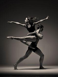 Dance Odysseys poster image, 2013 Edinburgh Festival, Edingurgh, Scotland - Photographer Graham Wylie