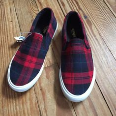 New old navy slip ons Never worn, wish it was size  selling for my sister• size 8• perfect for plaid lovers ❌ no trades Old Navy Shoes