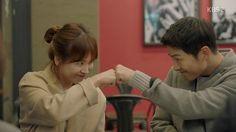 Descended From the Sun: Episode 13 » Dramabeans Korean drama recaps
