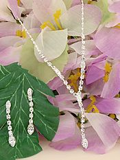 Exquisite Necklace & Earring Set