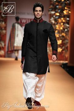 Siddharth Malhotra in Manish Malhotra creation