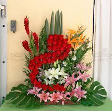 Resultado de imagen para arreglo de flores para boda iglesia #Arreglosfloralesparamesa