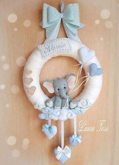 39 Ideas For Baby Onesies Elephant Baby Crafts, Felt Crafts, Diy And Crafts, Baby Kranz, Elephant Balloon, Elephant Baby, Baby Boy Wreath, Baby Mobile, Felt Baby