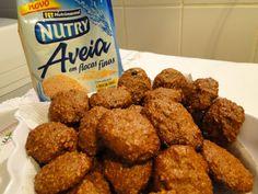 Biscoitos de aveia, canela e açúcar mascavo