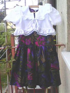 ***Hiszpańskie * schody***: Sukieneczka z bolerkiem - efekt końcowy