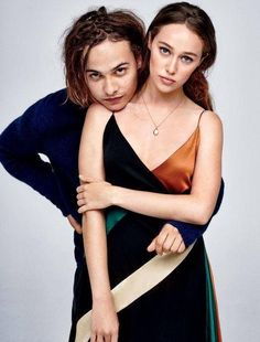 Frank Dillane and Alycia Debnam-Carey || Fear The Walking Dead cast || The Clark Siblings || Alicia Clark and Nick Clark