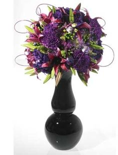 Elegant colored glass vases #vases #vase #decor Colored Glass Vases, Shape And Form, Floral Designs, Centerpieces, Shapes, Elegant, Purple, Flowers, Home Decor