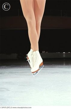 One day I will have this jump air position!! (But it might be a little too turned out) RP by splashtablet.com, the cool iPad for showering with your tablet ;) Ice Skating, Ballet Shoes, Dance Shoes, Legs, Polyvore, Sports, Skate, Backgrounds, Ballet Flats