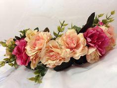 Para Loja Maria Bunita   Coleção primavera/verao 2017  Coroa de Flores   Faço por encomenda e envio para todo Brasil.   #coroadeflores #floresartificiais #flores #artesanato #criatividade #trabalhomanual #arcodeflores #mulher #feminina #feminilidade #vaidade #fantasia #adereço #acessorio #acessoriofeminino #primaveraverao #primavera #verao