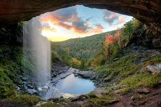 Kaaterskill Falls, in 2 drops. 14 Marvels In New York That Must Be Seen To Be Believed New York Travel, Travel Usa, Canada Travel, Dream Vacations, Vacation Spots, Places To Travel, Places To See, Places In New York, Travel Destinations