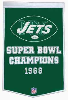 Pay homage to the success of your favorite team with this NFL New York Jets Dynasty Banner. Crafted from a wool blend, this banner is the perfect addition to any sports room or sports memorabilia collection. Sports Fan Shop, Sports News, Usa Sports, Sports Art, New York Jets Football, Football Moms, Football Players, Super Bowl Wins, Jet Fan