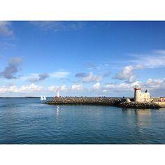 【romanceragitana】さんのInstagramをピンしています。 《In #Irlanda piove sempre ☘️☂️ _____________________________  #Howth #Ireland #beautiful #nofilter #senzafiltri #sunny #Sunday #cielo #sea #sky #美しい #旅行 #instagood #love #instamoment #view #panorama #clouds #nuvole #青空 #海 #bellezza #instatravel #travel #explore #nature #instanature #photooftheday #autumn》