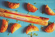 Empanadas de Atum com Pimentos - http://gostinhos.com/empanadas-de-atum-com-pimentos/
