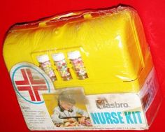 "Vintage Toys Vintage Hasbro Nurse Kit with Candy ""pills"". Got one of these for Christmas when I was about the and OD'd on the little candy pills by that afternoon! But I did become a nurse. And I don't do drugs. My Childhood Memories, Childhood Toys, Great Memories, Early Childhood, Retro Toys, Vintage Toys, 1970s Toys, Vintage Ideas, 1980s"