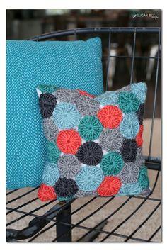 Crocheted Pom-Pom Pi