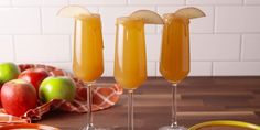 Caramel Apple Mimosas Booze + no gooey mess? This mimosa is the best caramel apple we've ever had. Caramel Apple Mimosas Booze + no gooey mess? This mimosa is the best caramel apple we've ever had. Thanksgiving Drinks, Christmas Drinks, Holiday Drinks, Thanksgiving Countdown, Fall Cocktails, Cocktail Drinks, Cocktail Recipes, Apple Cocktails, Summer Beverages