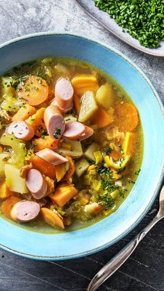 Spring potato stew with leek, bacon and frankfurters - Lunch Spring Potato, Cooking Box, Benefits Of Potatoes, Kids Dishes, Stewed Potatoes, Fast Dinners, Pot Roast, Bacon, Dinner Ideas