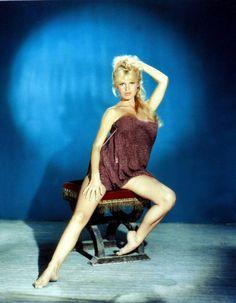 Brigitte Bardot / photo by Sam Levin. Bridget Bardot, Brigitte Bardot, Female Actresses, Actors & Actresses, Hollywood Stars, Old Hollywood, Divas, Cinema Tv, Look Dark