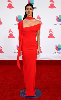 Roselyn Sánchez Photos - Singer/songwriter Roselyn Sánchez attends The Annual Latin Grammy Awards at T-Mobile Arena on November 2016 in Las Vegas, Nevada. - The Annual Latin Grammy Awards - Arrivals Grammy Awards 2016, Latin Grammys, Beautiful Red Dresses, Roselyn Sanchez, Girl Celebrities, Celebs, Red Gowns, Elegant Chic, Red Fashion