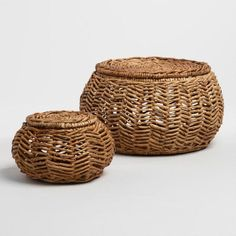 Natural Banana Leaf Round Bailey Baskets with Lids - Small by World Market Front Entryway Decor, Holiday Baskets, Guest Bedroom Decor, Round Basket, Rattan Basket, Basket Decoration, Shabby Chic Decor, Banana, Cafe Interior