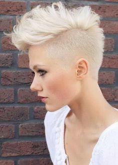 Tagli di capelli corti donna 2016