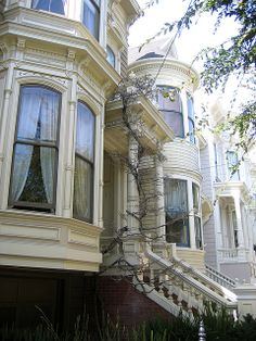 Love these windows.  Italianate Victorian | Flickr - Photo Sharing!