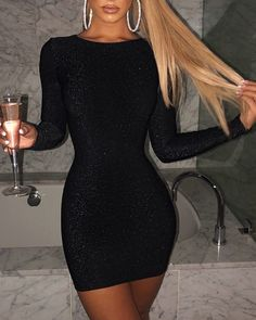 Glitter Long Sleeve Bodycon Dress You are in the right place about Bodycon Dress street style Here we offer you the most beautiful pictures about the striped Bodycon Dress you are looking for. Trend Fashion, Look Fashion, Cute Dresses, Short Dresses, Dress Outfits, Fashion Dresses, Looks Chic, Casual Summer Dresses, Party Dress