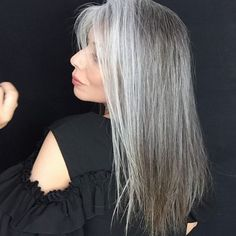 While you're settling down for bed tonight and you catch a glimpse of how great your hair looks, remember to snap a selfie for yourself! The selfie lives forever, ladies. Gray Hair Growing Out, Breaking Hair, Eyelash Growth Serum, Long Gray Hair, Vitamins For Hair Growth, Ageless Beauty, Going Gray, Grow Out, Aging Gracefully
