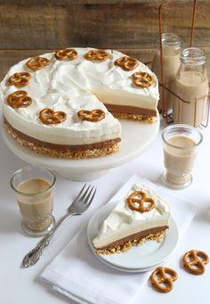 Layered Irish Cream Pretzel Pie   Sprinkle Bakes